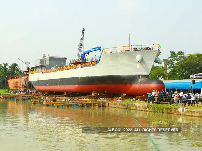 Refuelling-barge1-bccl