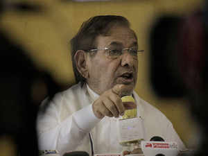 Sharad Yadav asks opposition parties to together defeat BJP
