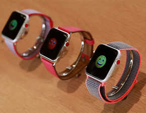 Are you a nomophobic? Then, get the Apple Watch Series 3