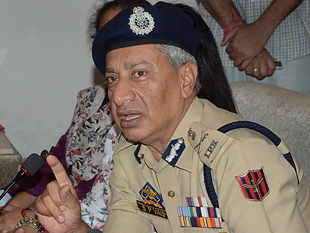 Centre's ceasefire initiative likely to have positive effect: J&K DGP