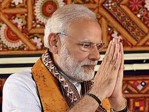 Watch: Narendra Modi apologises as Chancellor for lack of drinking water in Shantiniketan