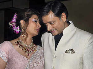 Sunanda had mailed Tharoor before dying, saying she has no desire to live: Police