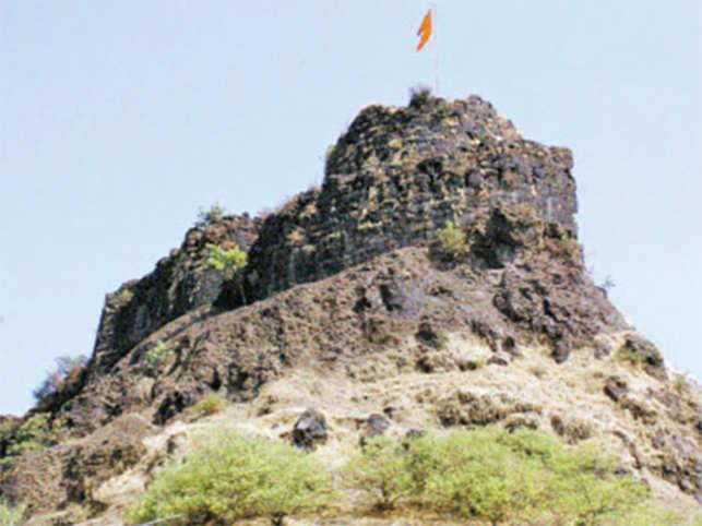 Pratapgarh fort, the large fort in Satara District, recalls the valour of Shivaji.