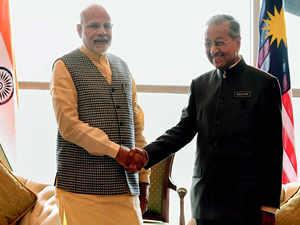 PM Modi meets his Malaysian counterpart in Kuala Lumpur