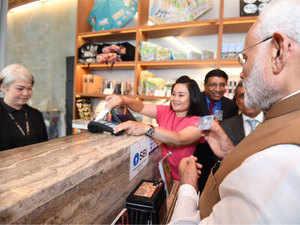 PM Modi in Singapore