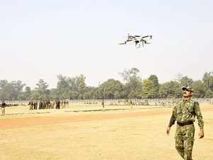 Pakistan drug smugglers skirt border fence with drones