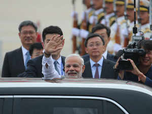 SCO Summit at Qingdao: PM gets warm welcome by Indians waiting outside the hotel