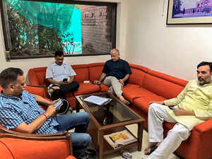 Delhi CM Arvind Kejriwal, ministers' sit-in at L-G office continues overnight