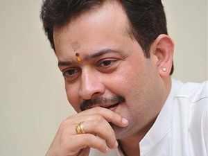 Spiritual guru Bhaiyyuji Maharaj kills himself