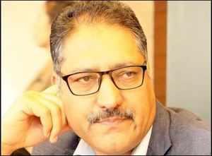 Journalist Shujaat Bukhari shot dead by terrorists in Press Colony in Srinagar city