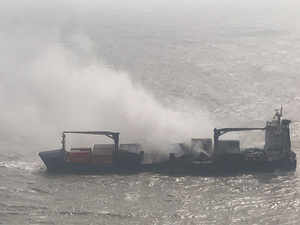 Ship-fire-navy-tw
