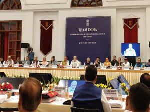 नीति आयोग की बैठक में मोदी ने की सहकारी संघवाद की बात