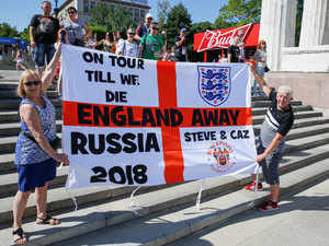 Low turnout but warm welcome for England in Volgograd