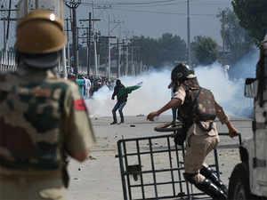 Srinagar fight