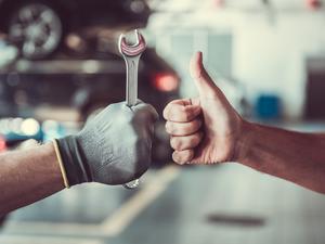 Car-service-Thinkstock