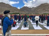 Sadhguru Jaggi Vasudev to train soldiers in Yoga at Siachen base camp