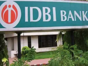 Govt mulls selling majority stake in IDBI Bank to LIC: Reports