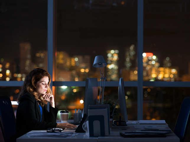 work-office-late-night-women-ThinkstockPhotos-502284438