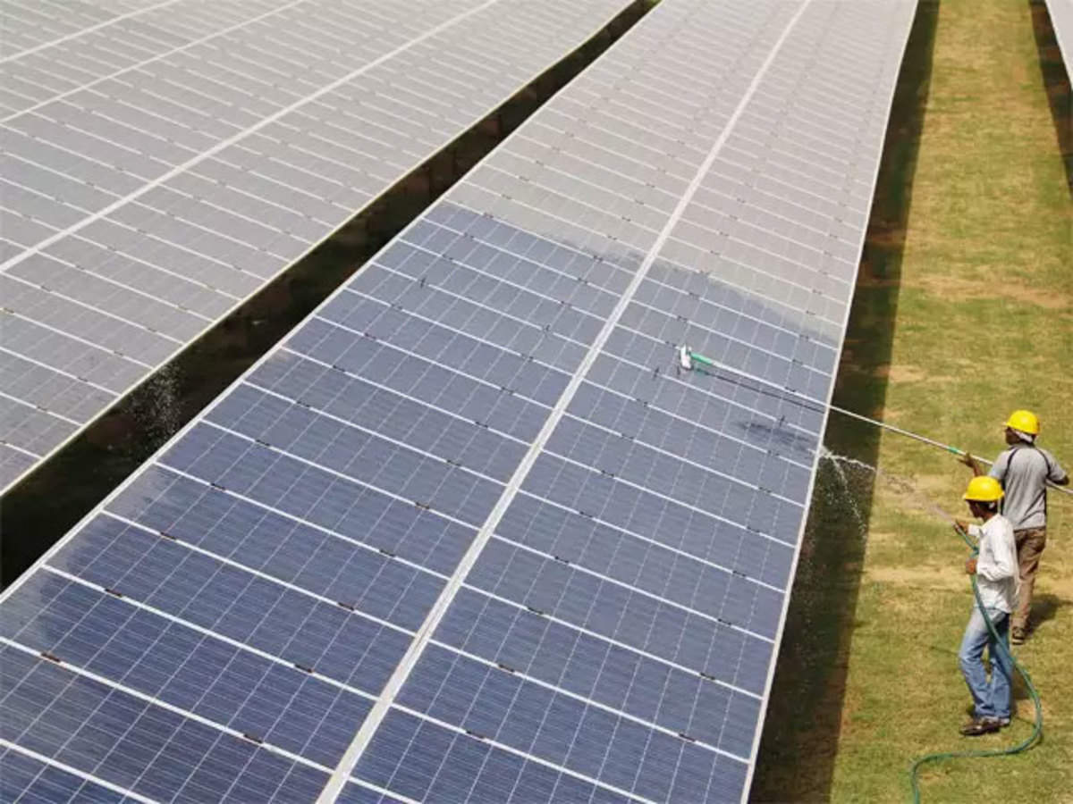 solar energy in India: Global, local solar manufacturers