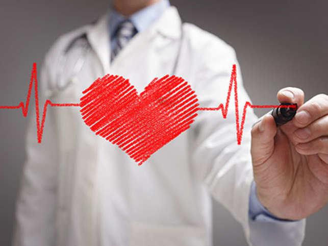 heart-attack-stroke-doctor-heart-ThinkstockPhotos