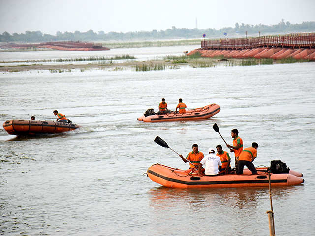 Army of ex-servicemen to protect Ganga, patrol ghats