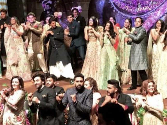 Signing Off With A Bang Bollywoods Flash Mob With Nita Isha