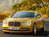 Bentley's charmingly retro, nostalgic $244,600 Flying Spur is worth it