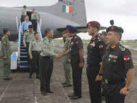 Chinese military delegation visits Eastern Command