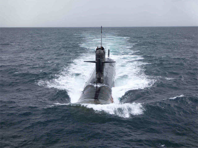 Russia offers to jointly design, build submarines