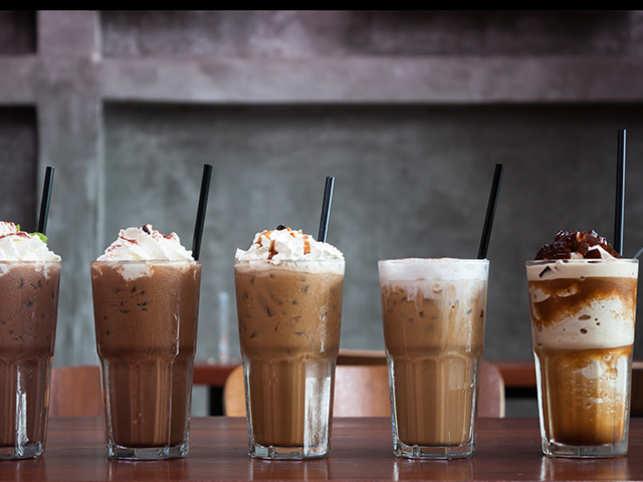 coffee-drink-eat-dessert-strawThinkstockPhotos-537415544