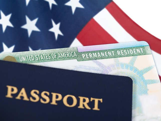 passport-visa-green-cardThinkstockPhotos-882774424