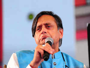 After Tharoor's 'Hindu Pak' remark, Congress asks leaders to exercise restraint