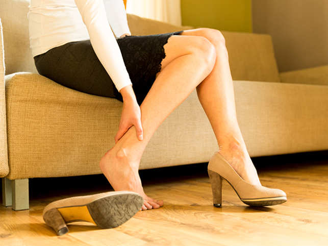bbc5be99ec varicose veins: Do you sit for long hours at work? It can lead to ...