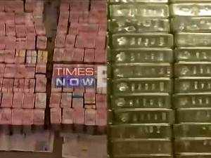 Tamil Nadu: 160 cr cash, 100 Kg gold seized from raids by I-T dept on highways contractor