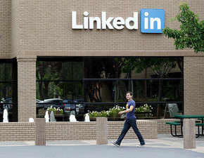 India is signing up for LinkedIn; platform crosses 50-mn member mark in the country