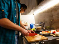 Watch the clock! Eating dinner before 9 pm may lower risk of breast and prostate cancer
