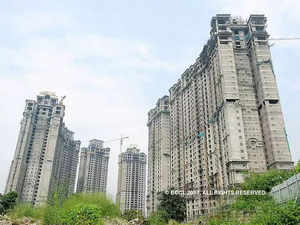 Govt, stakeholders discuss ways to boost real estate sector