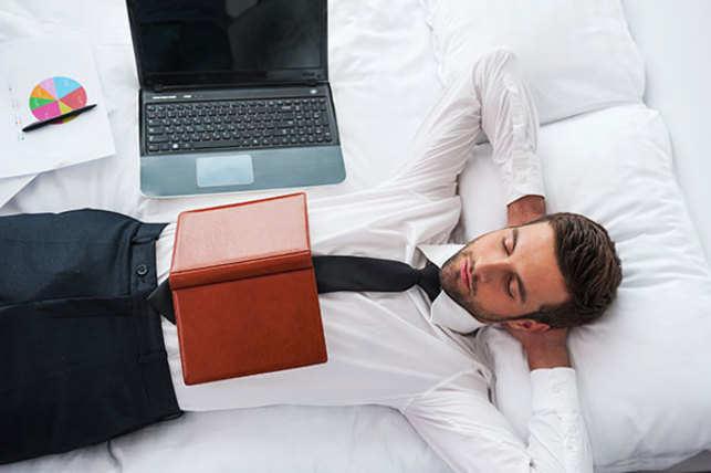 sleep-work-stress-vThinkstockPhotos-513357655