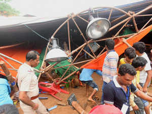 Tent-collapse-bccl