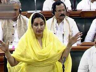No-confidence motion: Level of debate fallen because of 'dramebaazi', says Harsimrat Badal