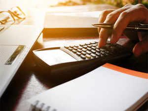 Financial Calculators: 5 calculators that can make financial