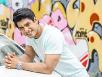 Balika Vadhu' actor Siddharth Shukla gets bail after being arrested for crashing BMW into 3 cars