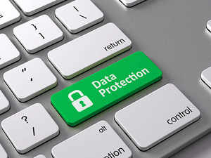 Data protection: Srikrishna panel report recommends Aadhaar Act amendments