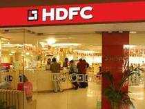 HDFC Q1 net profit jumps 54% to Rs 2,190 cr, income up 20% at Rs 9,952 cr