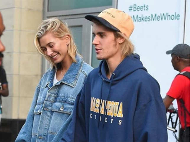 who z dating justin bieber