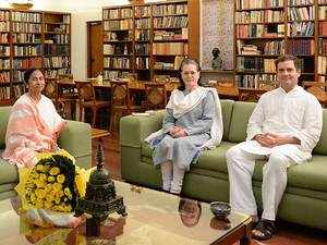 Mamata meets Sonia, Rahul Gandhi on Assam NRC and anti-BJP alliance for 2019 polls