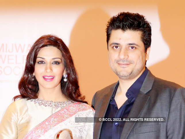 Sonali Bendre-Goldie Behl_bccl