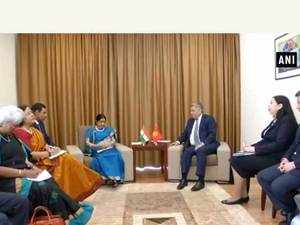 EAM Sushma Swaraj meets Foreign Affairs Minister of Kyrgyzstan