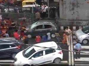 Delhi: Kanwariyas vandalise car with rods after argument