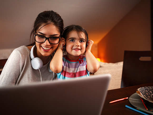 parent-child-music-GettyImages-533715086